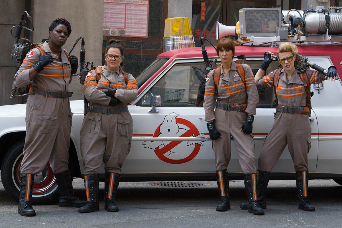 First official picture of the 'Ghostbusters' cast