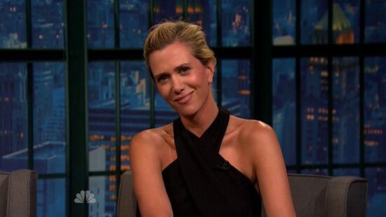 Video of Kristen Wiig on 'Late Night with Seth Meyers'