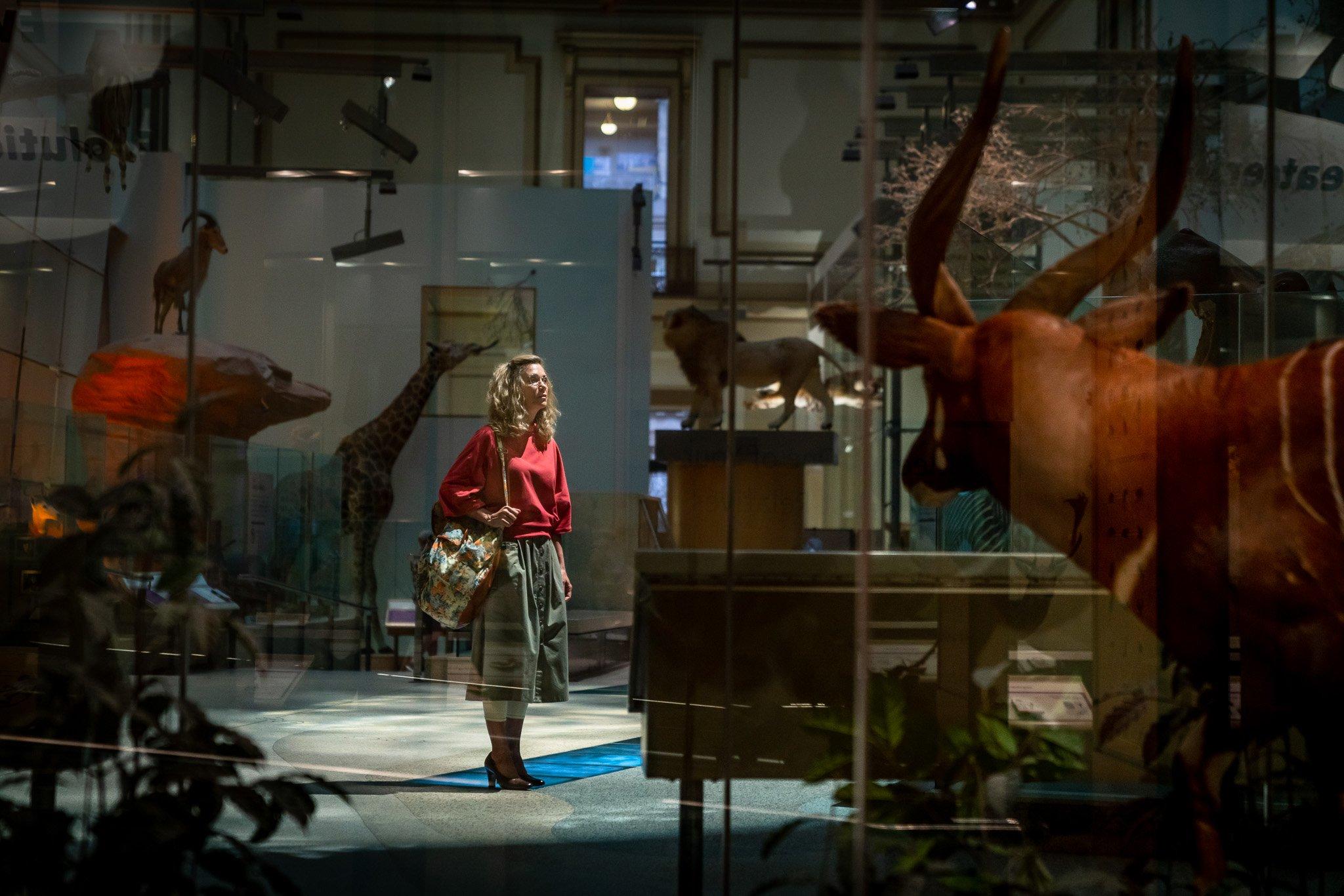 """First Photo of Kristen Wiig in """"Wonder Woman 1984"""""""