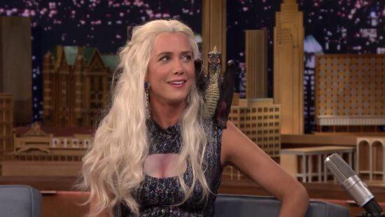 "#REWIIG: Kristen Wiig as Khaleesi of ""Game of Thrones"""