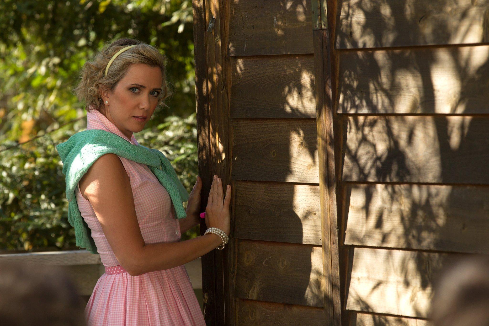 """#REWIIG: Pictures of Kristen Wiig in """"Wet Hot American Summer: Ten Years Later"""""""